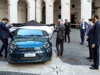 Fiat 500 elettrica al Quirinale e a Palazzo Chigi
