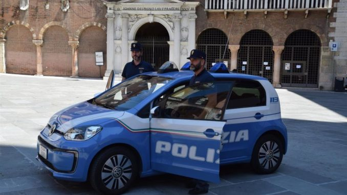 Polizia Verona Volkswagen e-Up!