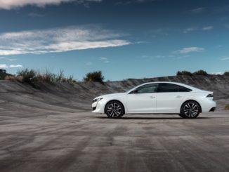 Peugeot cambia l'alimentazione ma non lo spazio del bagagliaio