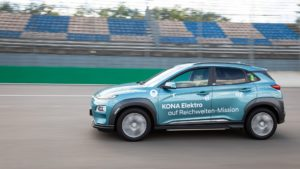 Hyundai Kona Electric record autonomia
