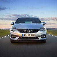 01-Opel-Astra-508650