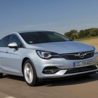 02-Opel-Astra-508648