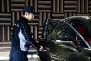 influenza giapponese nel SUV elettrico Lexus UX 300e