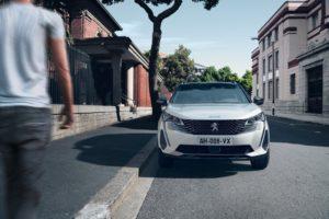 ordinabile in Italia il Nuovo SUV Peugeot 3008