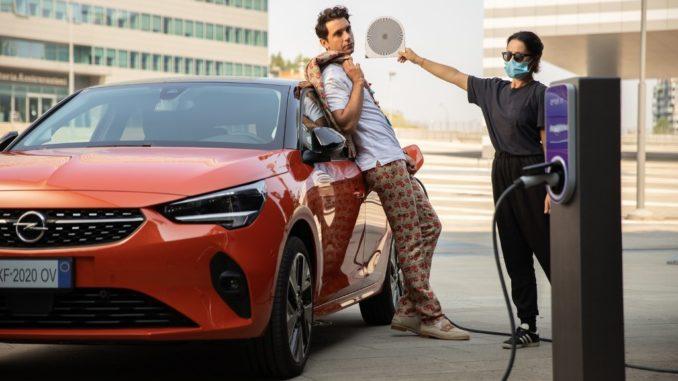 Mika è ambassador di Opel Corsa-e