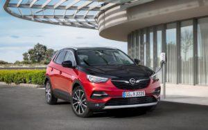 I segreti della Opel Grandland X Hybrid