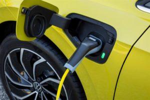 Volkswagen elettrifica la nuova gamma di Golf