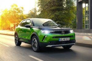 La tecnologia dei fari IntelliLux LED di Opel