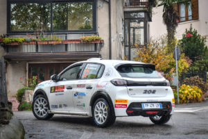Rally Due Valli: Paolo Andreucci vince Peugeot 208 Rally 4