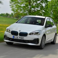 P90305193_highRes_the-new-bmw-225xe-ip