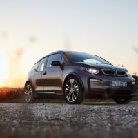 P90330162_highRes_the-bmw-i3-120-ah-09