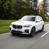 P90374977_highRes_the-new-bmw-x5-xdriv
