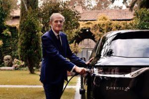 L'Ambasciatore di Francia in Italia Christian Masset riceve una DS 7 Crossback E-Tense 4x4