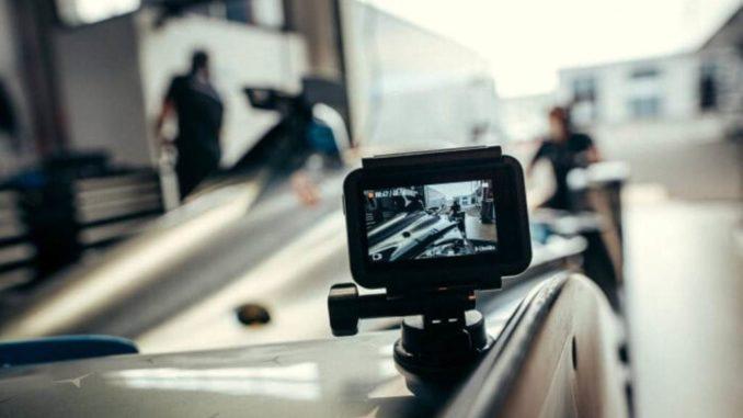 Mercedes Benz EQ di Formula E pronto a decollare con DJI