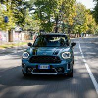 mini_countryman_hybrid_plug-in_electric_motor_news_017