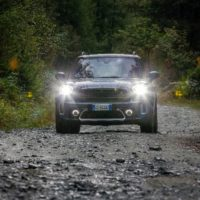 mini_countryman_hybrid_plug-in_electric_motor_news_095
