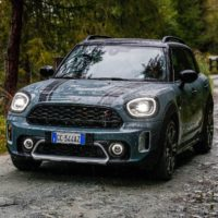 mini_countryman_hybrid_plug-in_electric_motor_news_098