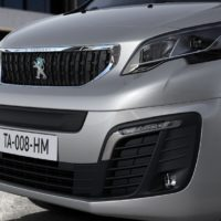 nuovo_peugeot_e_expert_van_electric_motor_news_01