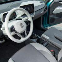 volkswagen_ID3_waze_electric_motor_news_05