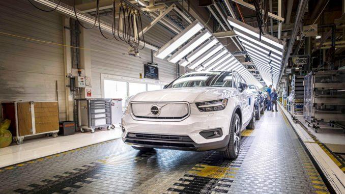 Avviata la produzione dell'elettrica Volvo XC40 Recharge