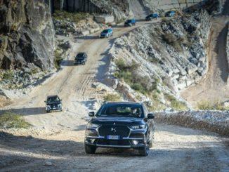 Sulle cave di Carrara, DS 7 Crossback E-Tense 4X4 conquista le vette