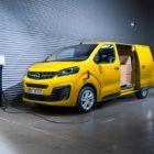 Opel-Vivaro-e-2020-511686_0