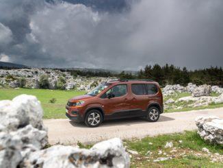 Aggiornata la gamma di Peugeot Rifter