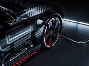 Il progresso tecnologico nella produzione di Audi e-tron GT