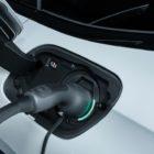cavo_ricarica_peugeot_308_508_hybrid_electric_motor_news_03