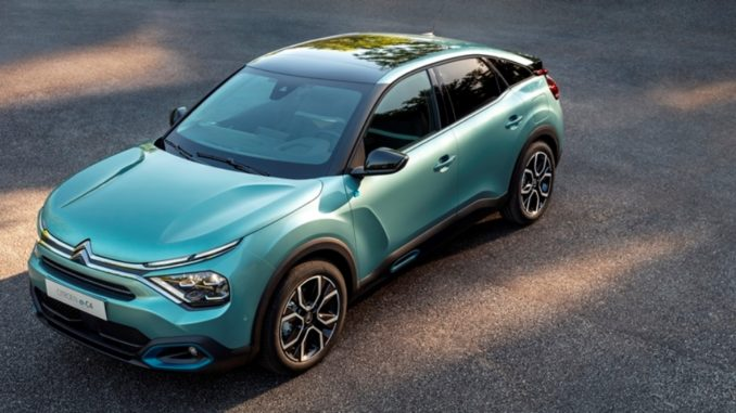 stessa abitabilità con Nuova Citroën C4 ed ë-C4 - 100% ëlectric