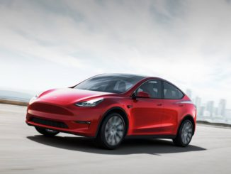 Per errori di assemblaggio, Tesla richiama Model X e Model Y