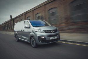 What Car? Van awards. Eletto furgone dell'anno Vauxhall/Opel Vivaro-e