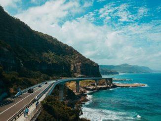 Partnership ABB e AFC Energy per la ricarica dei veicoli elettrici