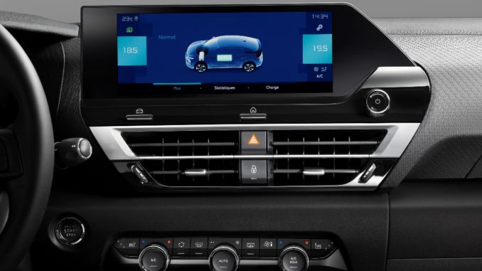 Sempre connessi con Nuova Citroën C4 e Nuova Citroën ë-C4 - 100% ëlectric