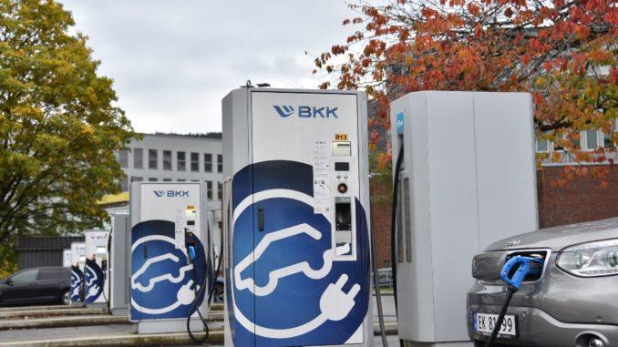 Pietra miliare ABB in Norvegia con il millesimo caricabatterie rapido