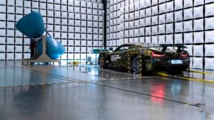 I test delle emissioni elettromagnetiche della supercar Rimac C_Two