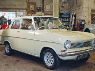 "Richard Hammond e la sua Opel Kadett ""Oliver"""