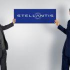 John_Elkann_Carlos_Tavares_stellantis_electric_motor_news_01