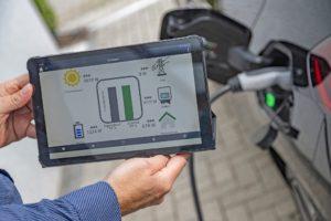 Pieno sostenibile con l'energia solare per la Nuova Opel Corsa-e