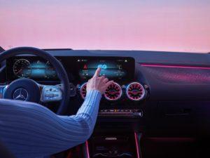 Il nuovo SUV elettrico Mercedes Benz EQA