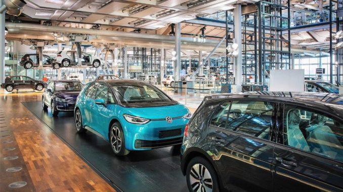 Volkswagen: la fabbrica di Vetro di Dresda si prepara al passaggio dalla e-Golf alla ID.3