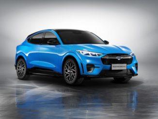 Ford Mustang Mach-e prodotta in Cina per i clienti cinesi