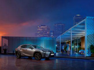 La rinnovata gamma di Lexus UX Hybrid MY21 viene lanciata in Italia