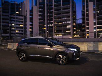 L'esclusivo sistema Night Vision della gamma Peugeot
