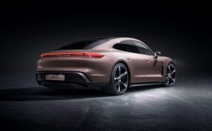 Arricchita la gamma Porsche Taycan