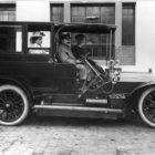 25/40 PS Opel-Motorwagen um 1908, am Steuer Wilhelm Opel