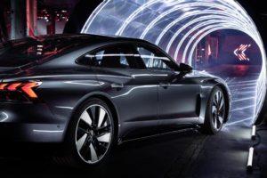 Svelata a livello mondiale Audi e-tron GT