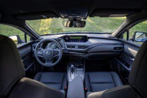 Lancio in Italia della Lexus UX300e