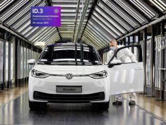 produzione della Volkswagen ID.3 nella Fabbrica di Vetro di Dresda