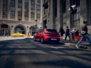 Nuovi allestimenti Allure e Allure Pack sulla Peugeot 208 PureTech 75